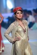 Yasmin Zaman Bridal Collection at BCW 2013 002