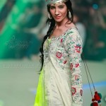 Yasmin Zaman Bridal Collection at BCW 2013 005