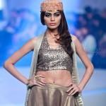 Yasmin Zaman Bridal Collection at BCW 2013 006