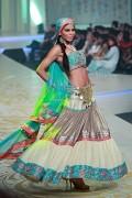 Yasmin Zaman Bridal Collection at BCW 2013 008