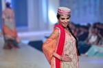Yasmin Zaman Bridal Collection at BCW 2013 009