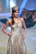 Yasmin Zaman Bridal Collection at BCW 2013 010