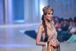 Yasmin Zaman Bridal Collection at BCW 2013 014