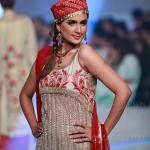 Yasmin Zaman Bridal Collection at BCW 2013 015