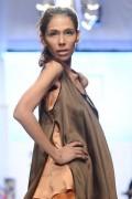 fayeza ansari fashion model 008 320x480