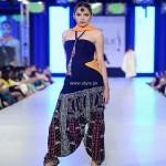 FnkAsia Collection at PFDC Sunsilk Fashion Week 2013 011