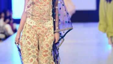 Misha Lakhani Collection At PFDC Sunsilk Fashion Week 2013 0011