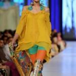 Rizwan Beyg Collection At PFDC Sunsilk Fashion Week 2013 0015