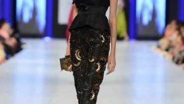 Sana Safinaz Collection At PFDC Sunsilk Fashion Week 2013 0012