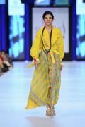 Shariq Textiles Collection At PFDC Sunsilk Fashion Week 2013 001