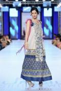 Shariq Textiles Collection At PFDC Sunsilk Fashion Week 2013 0011
