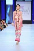 Shariq Textiles Collection At PFDC Sunsilk Fashion Week 2013 002