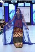 Shariq Textiles Collection At PFDC Sunsilk Fashion Week 2013 004