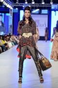 Tapu Javeri Collection At PFDC Sunsilk Fashion Week 2013 0022