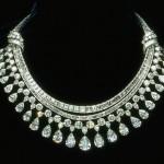 Amazing Diamond Necklaces For Women 016 600x396