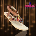 Regal Shoes Eid Collection 2013 For Women 006