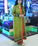 Juggun Kazim wearing Sania Maskatiya