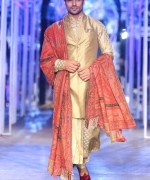 Tarun Tanhiliani Collection At Indian Bridal Fashion Week 2013 002