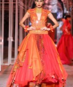 Tarun Tanhiliani Collection At Indian Bridal Fashion Week 2013 003