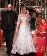 Tarun Tanhiliani Collection At Indian Bridal Fashion Week 2013 007