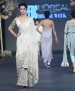 Deena Rahman Bridal Collection At PFDC Loreal Paris Bridal Week 2013 0015
