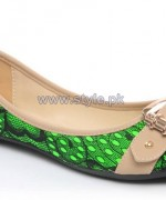 Unze Winter Shoes Collection 2013 For Girls2