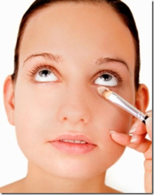 tips on how to apply concealer 312 x 395
