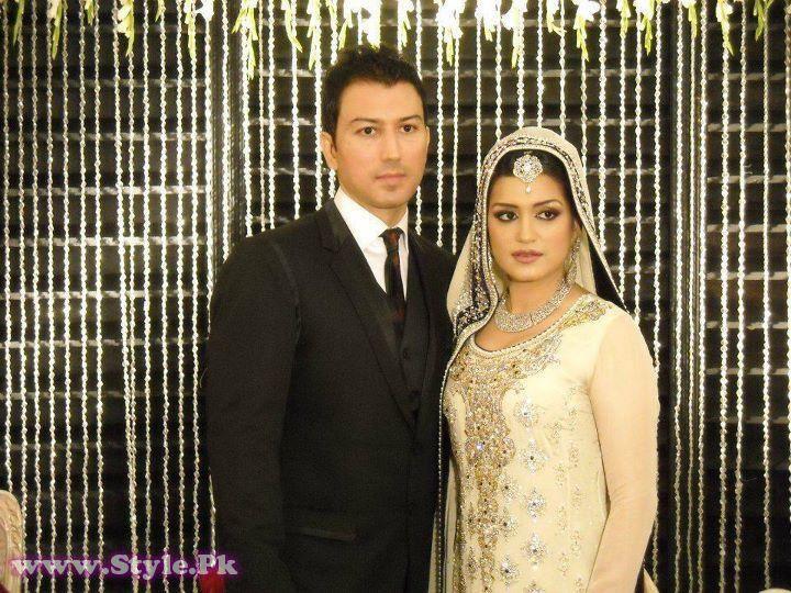 Nazia Malik and Imran Khan Wedding Pictures