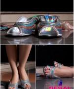 Regal Shoes Winter Footwear Designs 2014 For Women 5