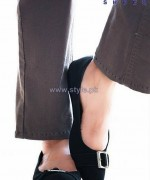 Regal Shoes Winter Footwear Designs 2014 For Women 8