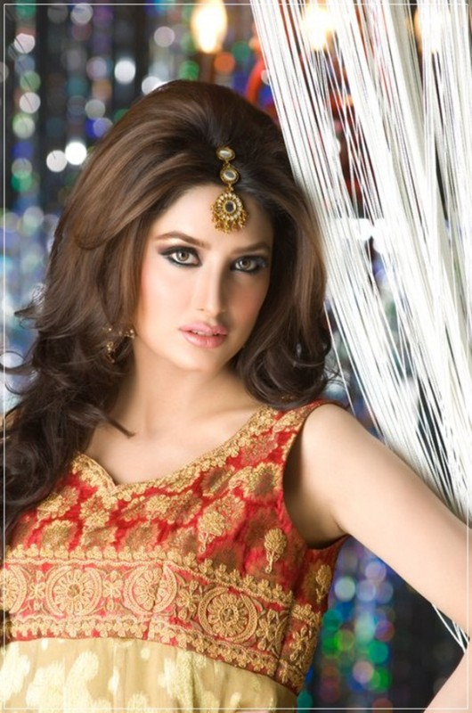 Top 10 Models-Mehwish Hayat