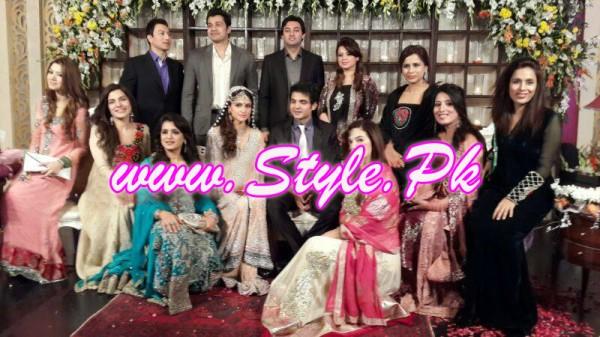 Areej Fatyma Engagement Pic 04 600x337 celebrity gossips