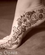 Beautiful Indian Mehndi Design For Girls 10