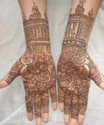 Beautiful Indian Mehndi Design For Girls 8