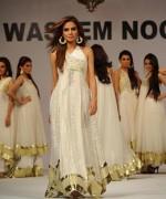 Popularity Of White Dresses For Women 006