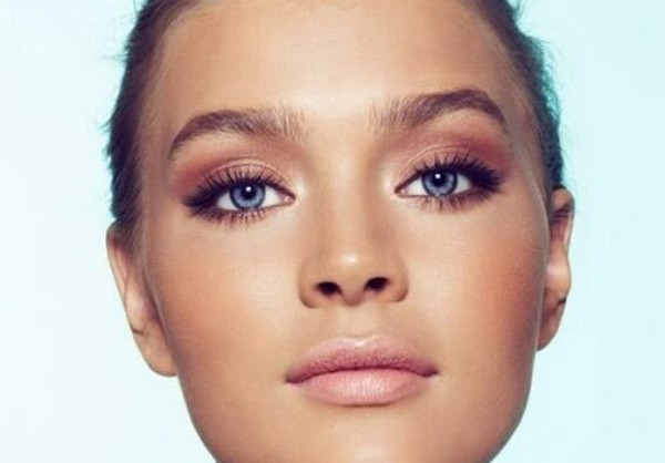 Tip on doing causal and daytime makeup