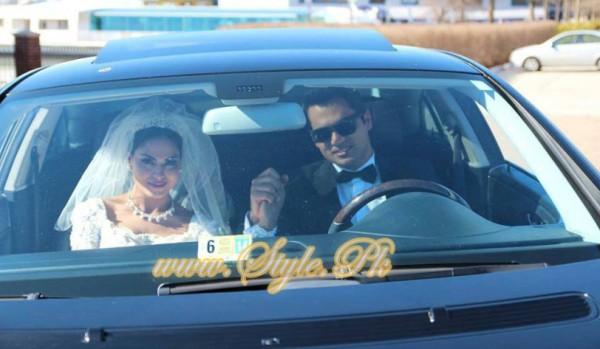 Veena Malik Valima Reception In White Wedding Style Pic 29