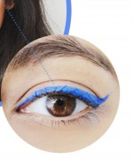 How to Apply Electric Blue Liner and Mascara 1