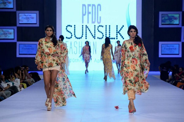PFDC Sunsilk Fashion Week Day 1 Review And Pictures 002