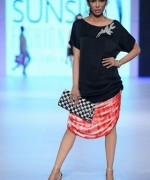 PFDC Sunsilk Fashion Week Day 2 Review And Pictures 001