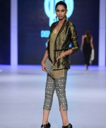 PFDC Sunsilk Fashion Week Day 2 Review And Pictures 005