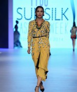 PFDC Sunsilk Fashion Week Day 2 Review And Pictures 008