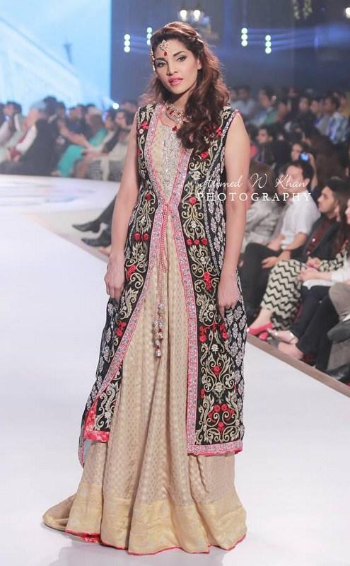 Sana Abbas Collection At Pantene Bridal Couture Week 2014 002