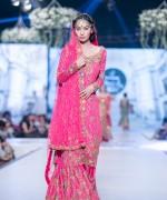 Teena Durrani Collection At Pantene Bridal Couture Week 2014 0013
