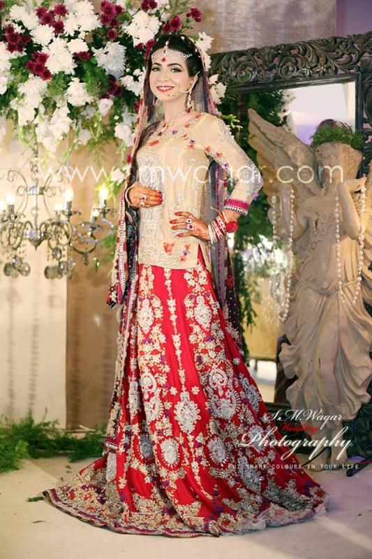 Dua Malik Mehndi And Wedding Pictures 09