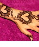 Loved Heart Mehndi Designs For Women 005