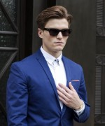 Which colors should one prefer for summer men suits?
