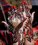 Glitter Mehndi Designs 2014 For Women 004