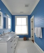 How To Use Blue And White Colors For Bathroom Decoration 004