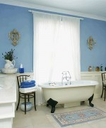 How To Use Blue And White Colors For Bathroom Decoration 005